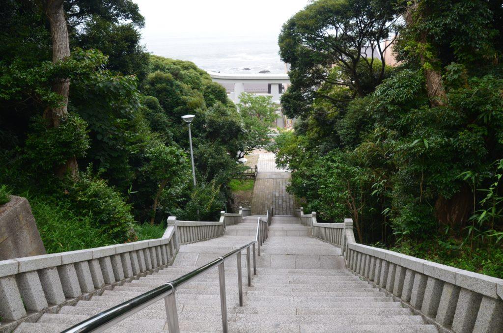 ガールズアンドパンツァー聖地巡礼大洗磯前神社階段