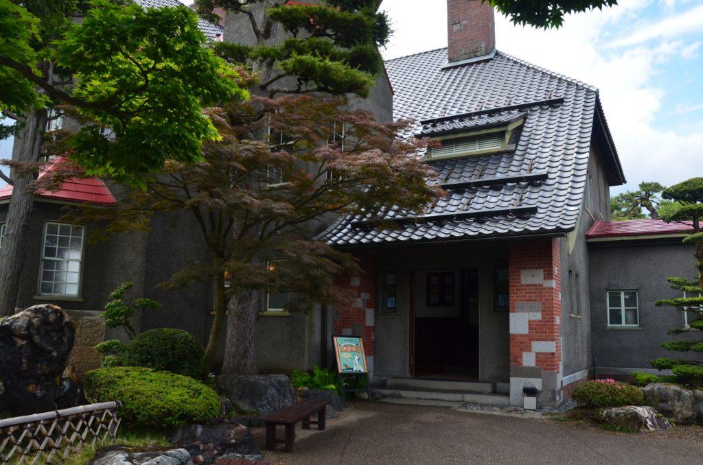 弘前ふらいんぐうぃっち喫茶コンクルシオ入口