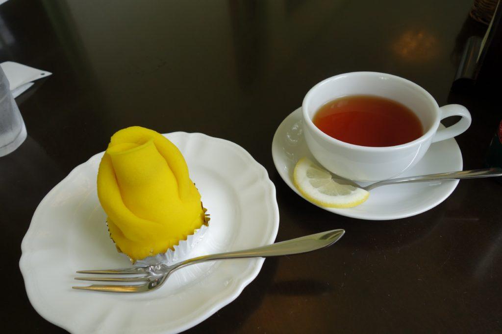 弘前ふらいんぐうぃっち喫茶コンクルシオケーキセット
