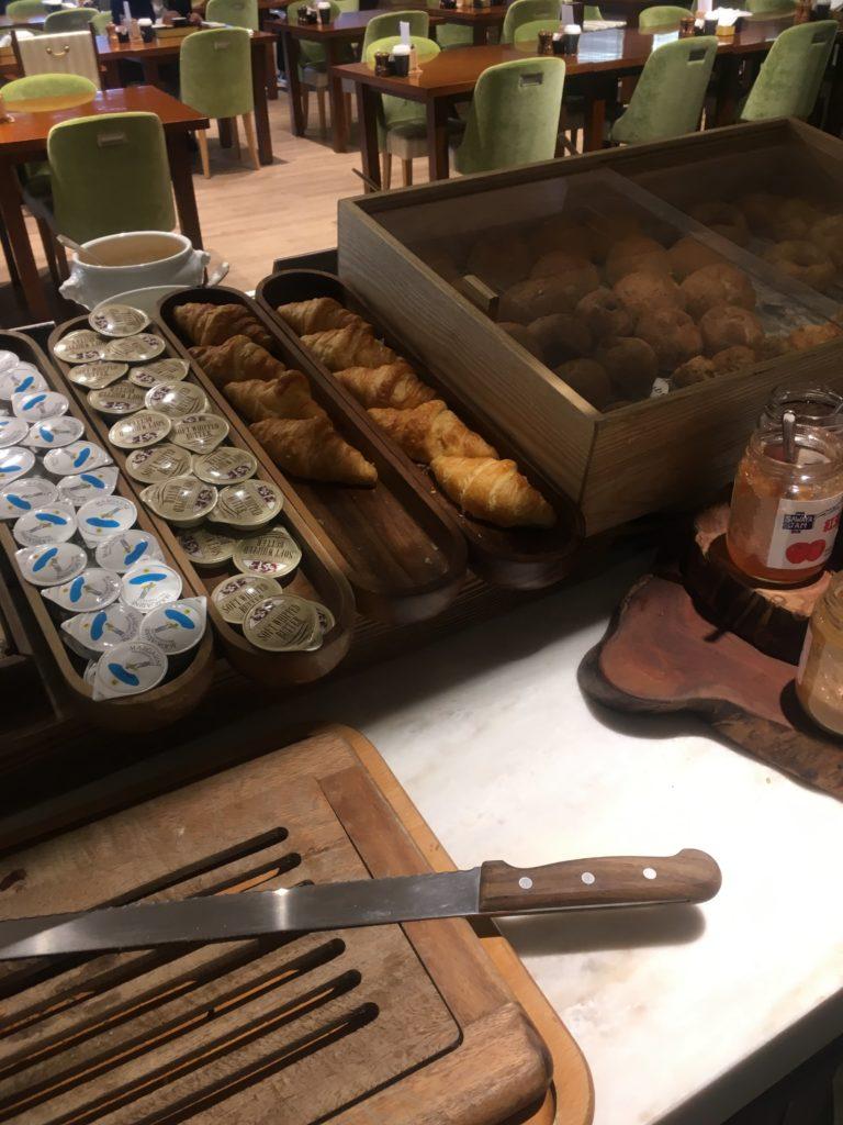 軽井沢マリオット朝食パン2