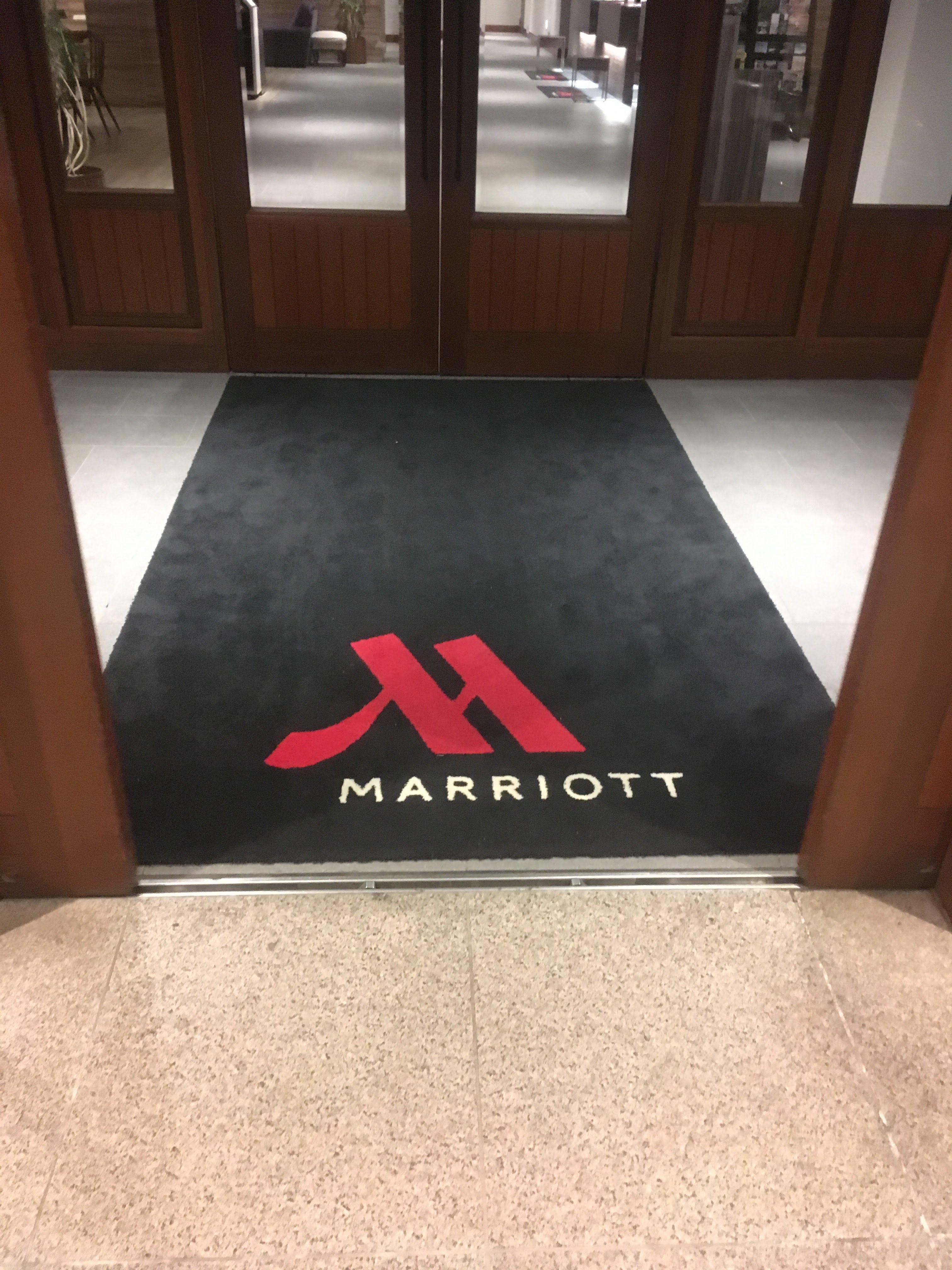 軽井沢マリオットメインウイング入口