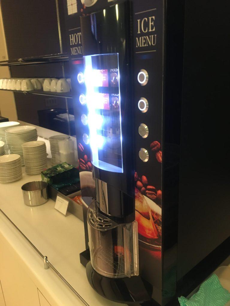 ANA成田アライバルラウンジコーヒー