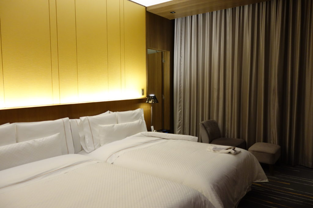 ウェスティンホテル仙台お部屋ベッド