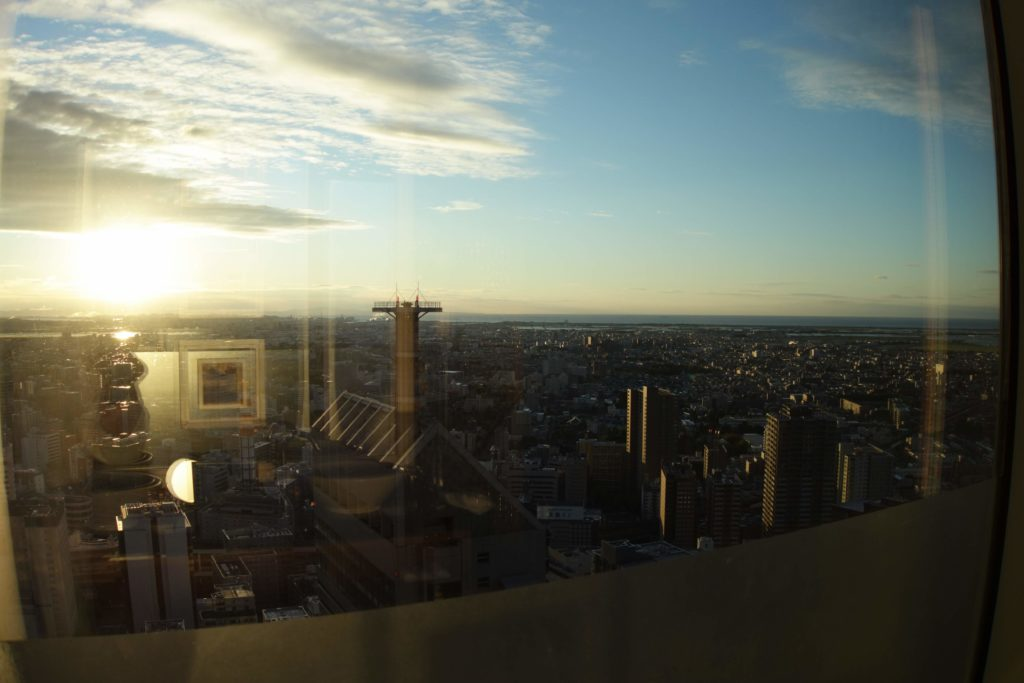 ウェスティンホテル仙台お部屋朝焼け