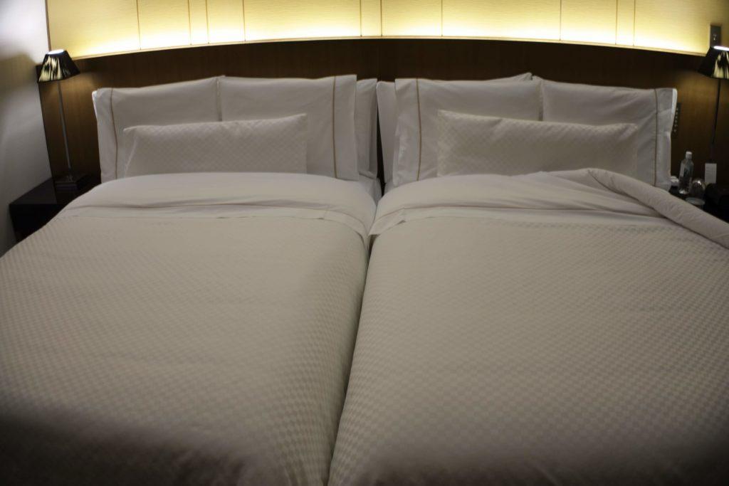 ウェスティンホテル仙台お部屋ベッド2