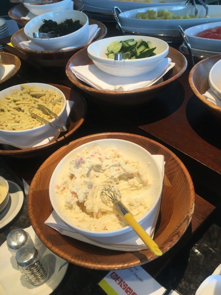 ウェスティンホテル仙台ラウンジ朝食サラダ2