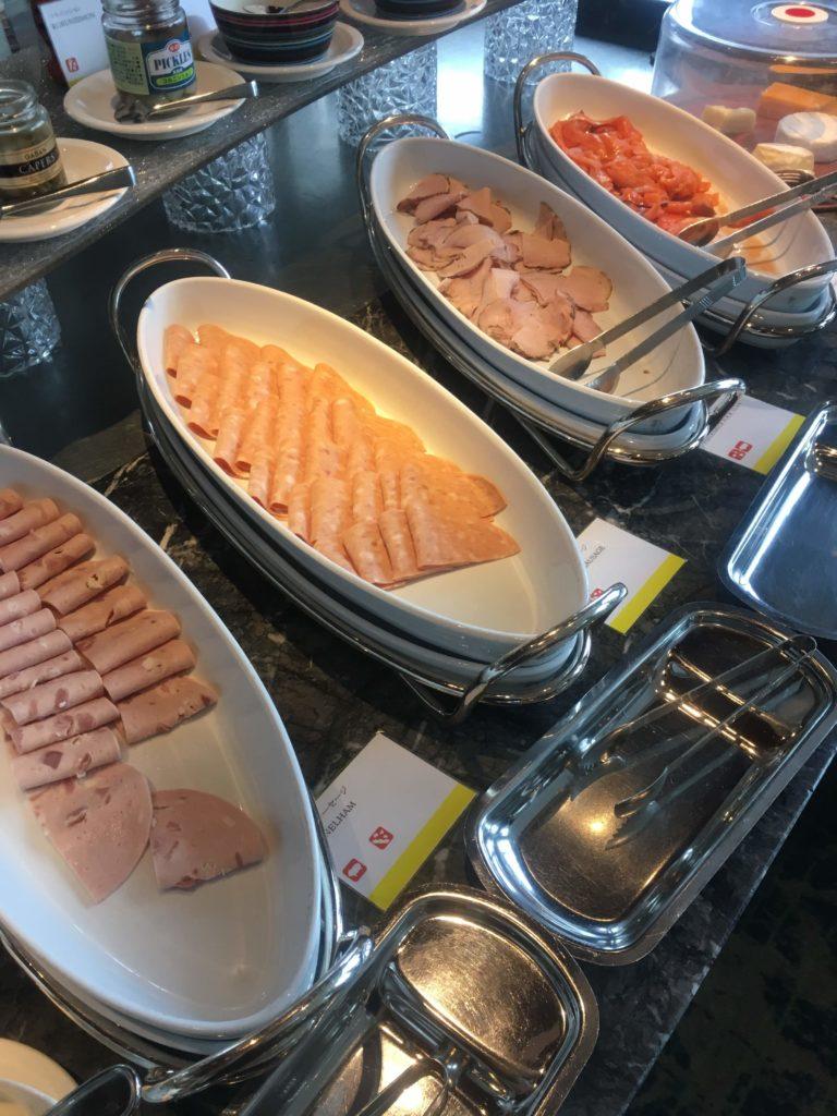 ウェスティンホテル仙台朝食サーモン