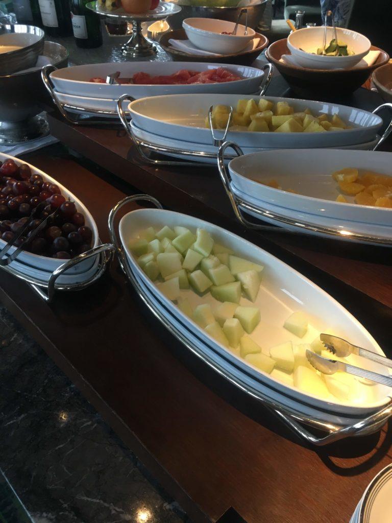 ウェスティンホテル仙台朝食フルーツ