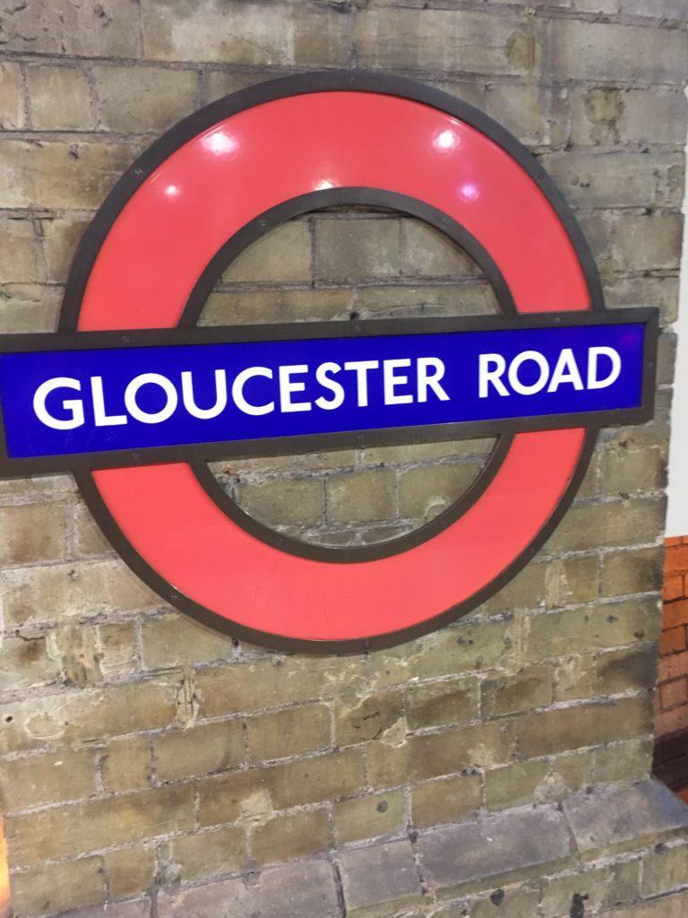 ロンドンけいおん!グロスターロード駅