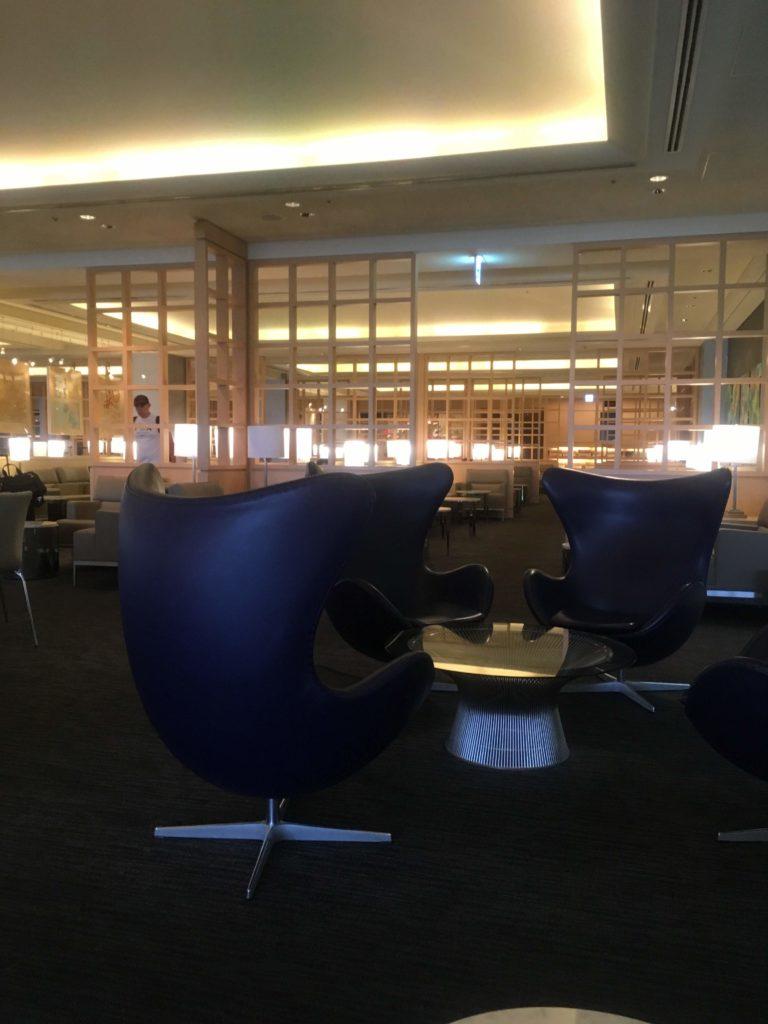 成田空港United club 座席