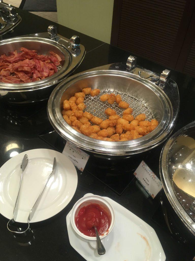 ANAクラウンプラザホテル沖縄ハーバービュー朝食ハッシュドポテト
