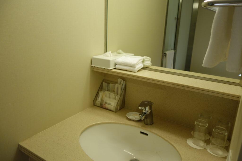 ANAクラウンプラザホテル沖縄ハーバービュー洗面台