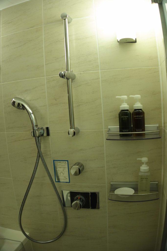 ANAクラウンプラザホテル沖縄ハーバービューシャワー
