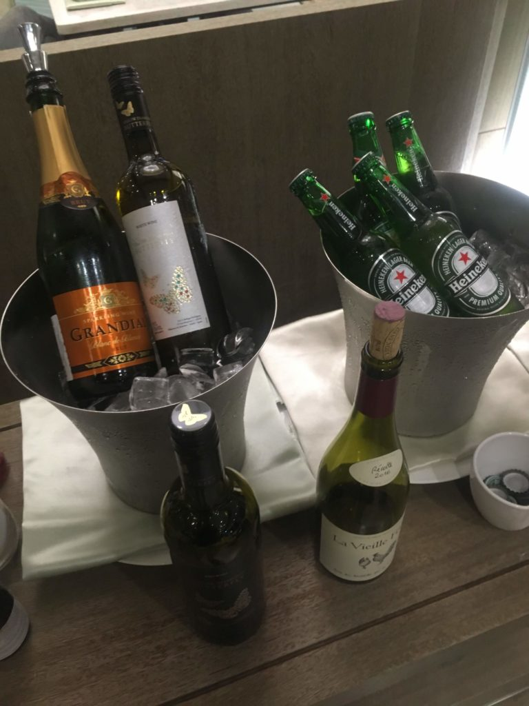 コートヤード台北ラウンジカクテルタイムお酒