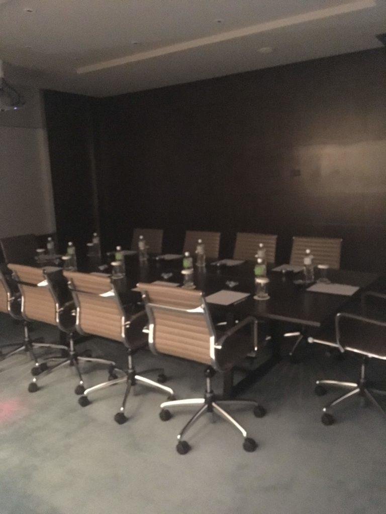 コートヤード台北ラウンジカクテルタイム会議室