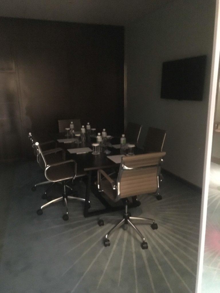 コートヤード台北ラウンジカクテルタイム会議室2