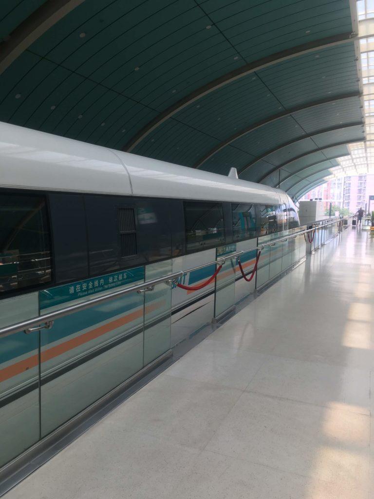 上海リニアマグレブ車両2