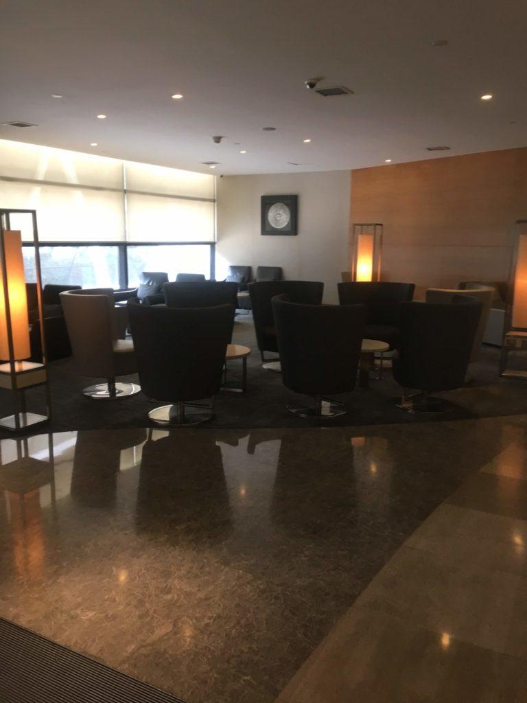 上海浦東空港中国国際航空ラウンジ座席5