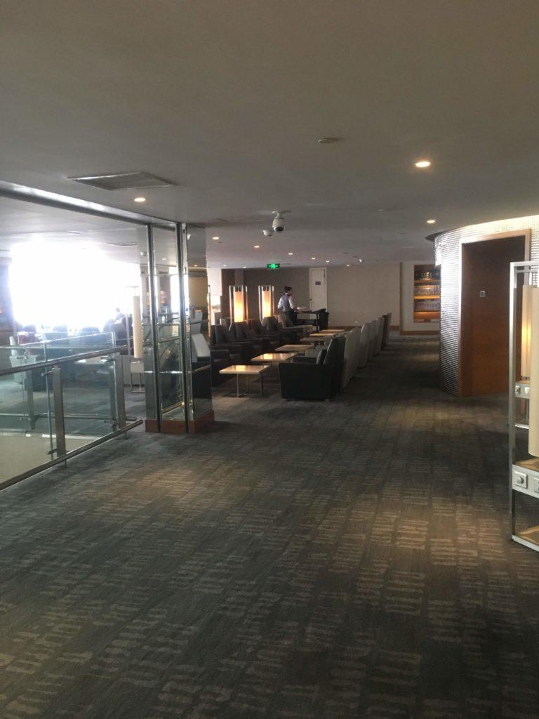 上海浦東空港中国国際航空ラウンジ5階入口