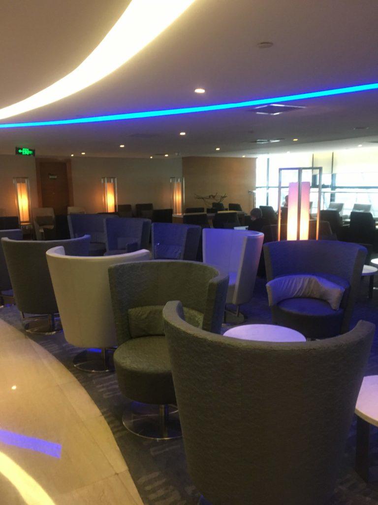 上海浦東空港中国国際航空ラウンジ5階座席