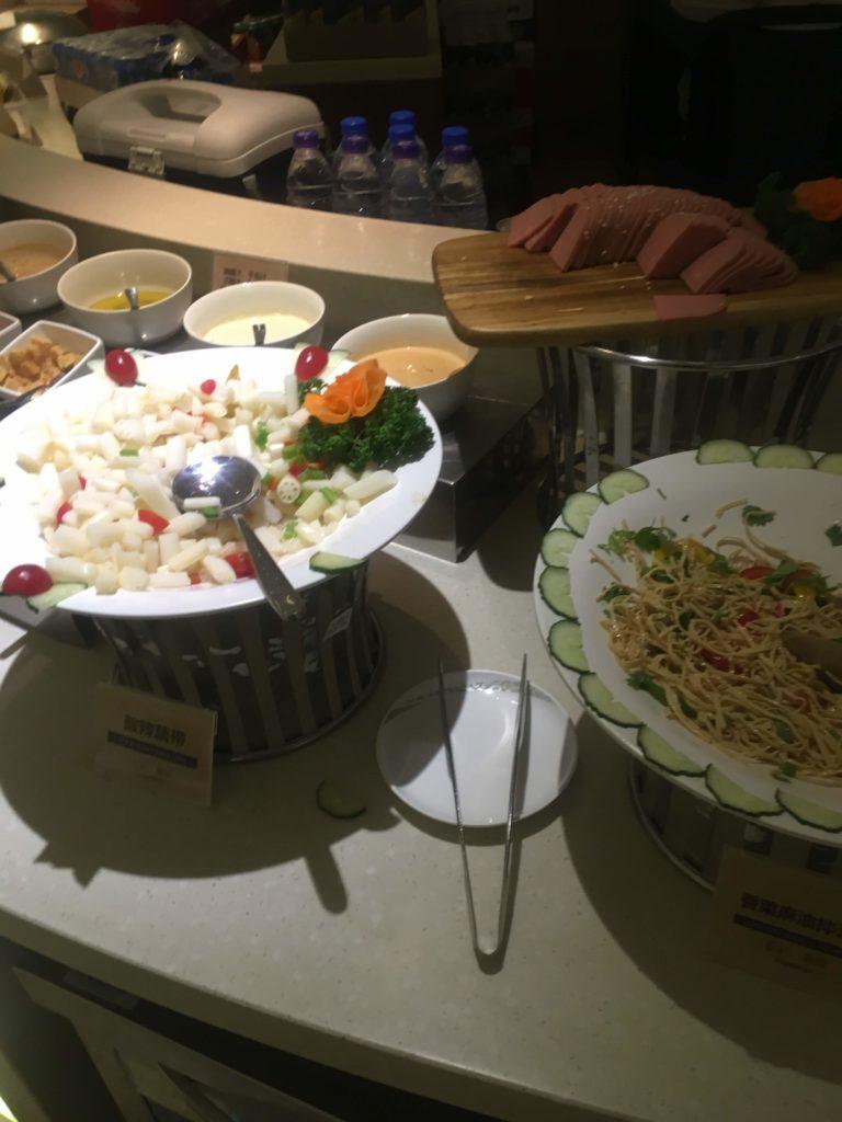 上海浦東空港中国国際航空ラウンジお食事