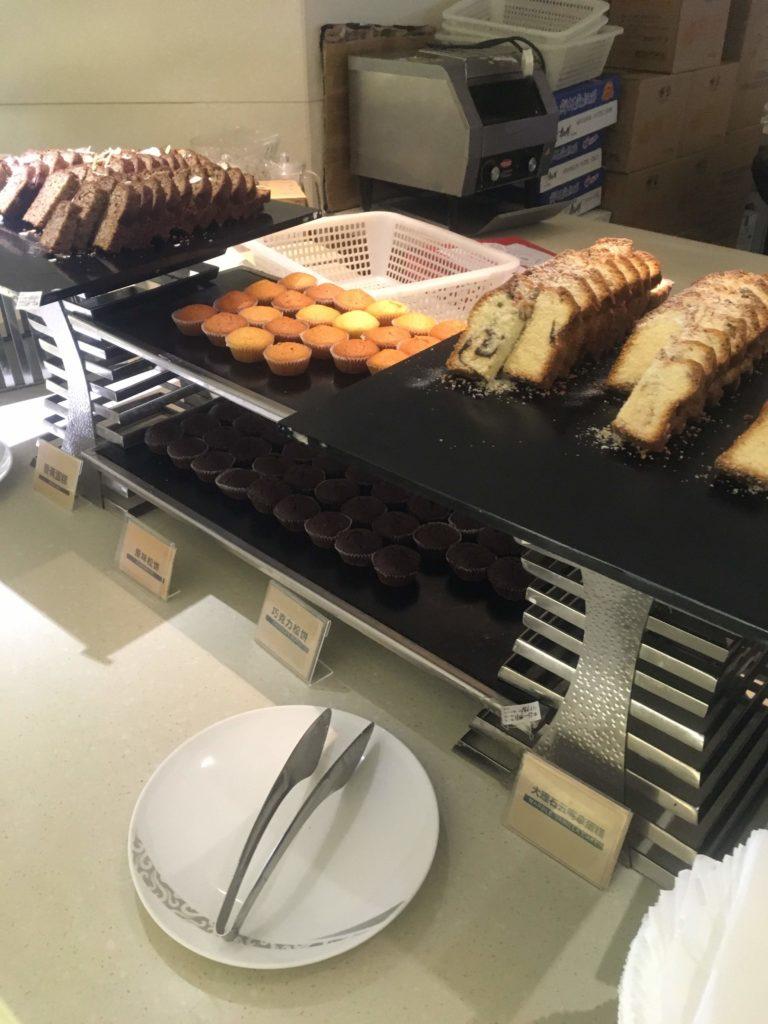 上海浦東空港中国国際航空ラウンジお食事4