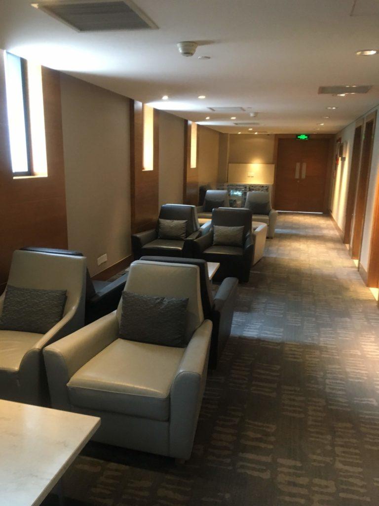 上海浦東空港中国国際航空ラウンジ座席2