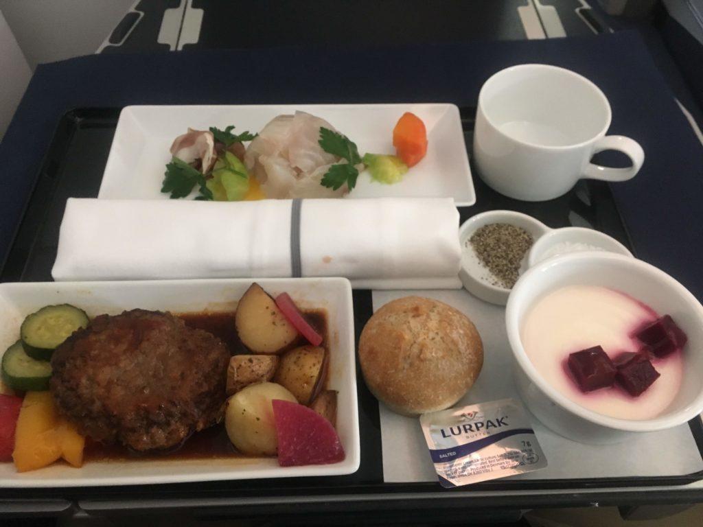 ANAビジネスクラス上海行き食事