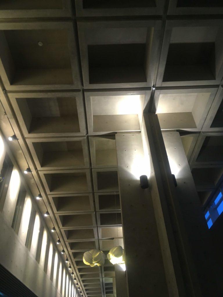 インチョン ネストホテルロビー天井