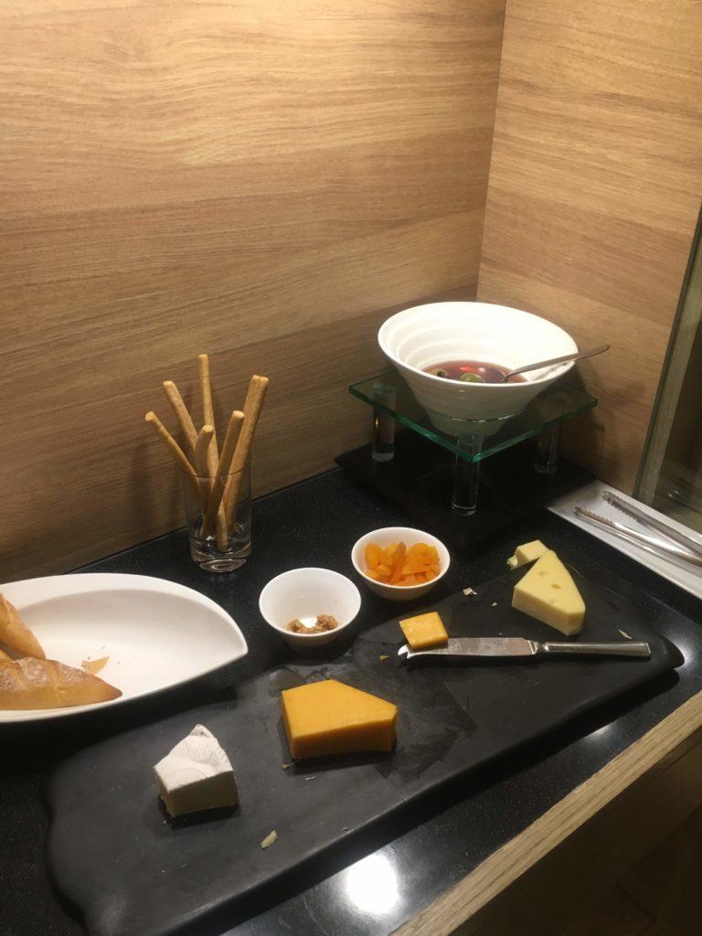 シェラトン香港ホテル&タワーズラウンジチーズ