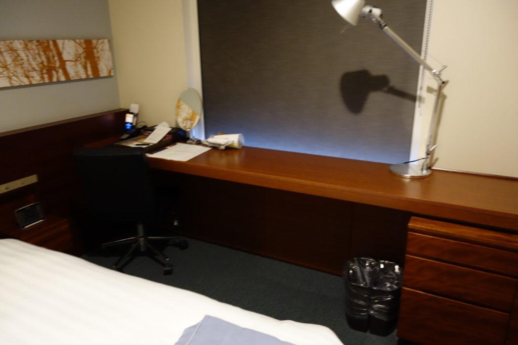 三井ガーデンホテル仙台お部屋デスク