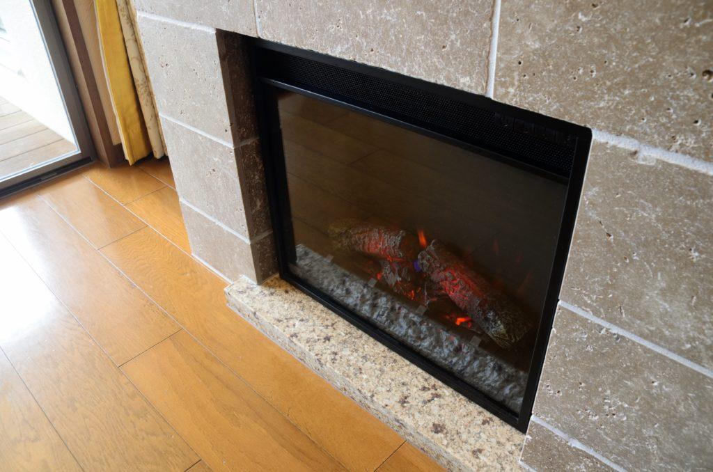 ラビスタ富士河口湖お部屋暖炉