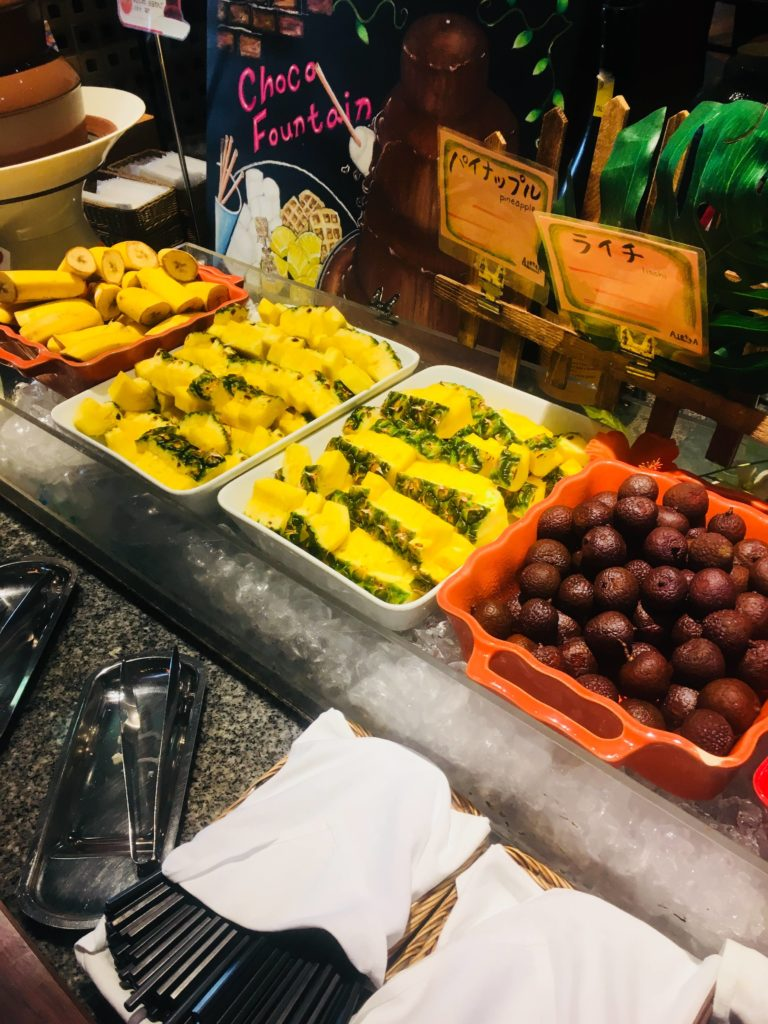 ホテルロコアナハ朝食フルーツ2