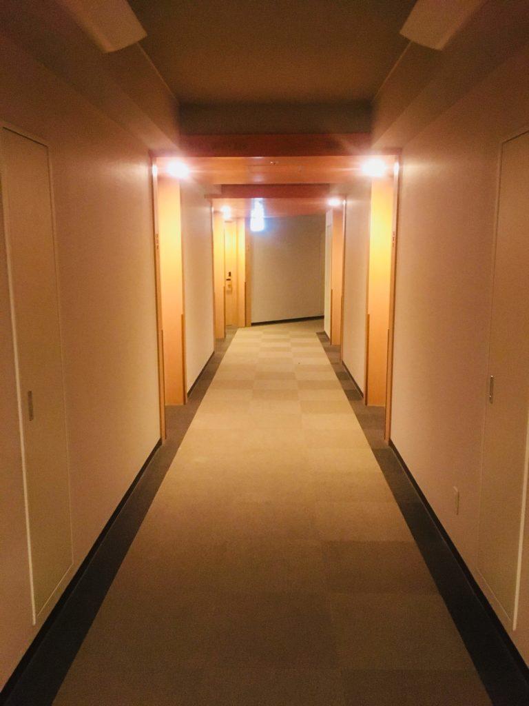 ホテルロコアナハ廊下