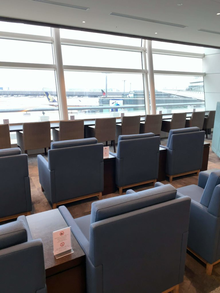 TIATラウンジ羽田空港国際線 座席2