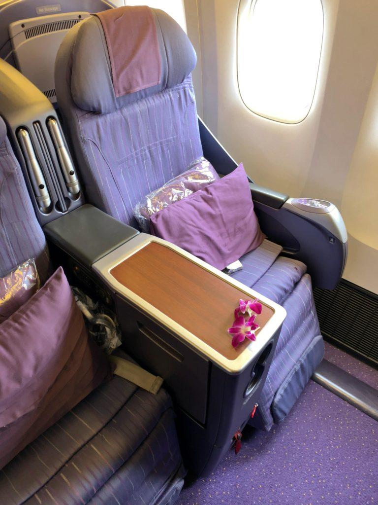 タイ国際航空短距離ビジネスクラス座席