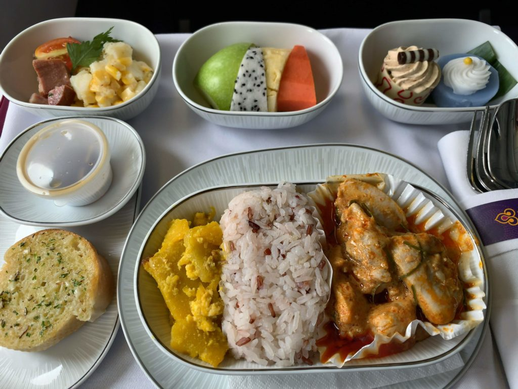 タイ国際航空短距離ビジネスクラス食事