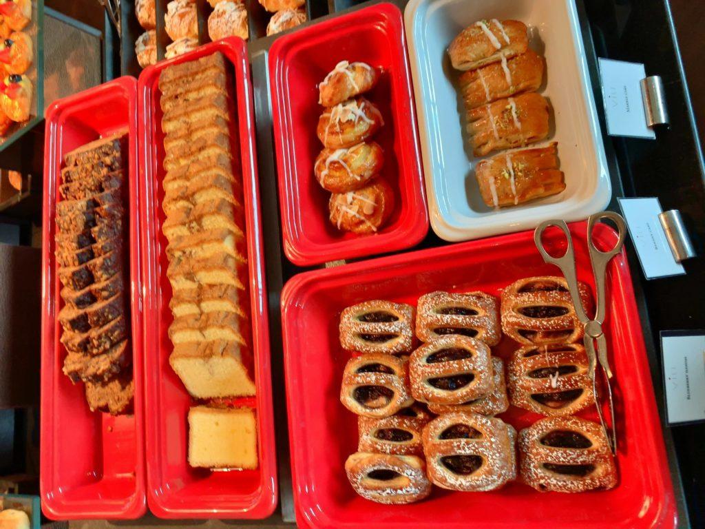セントレジスバンコク朝食 パン