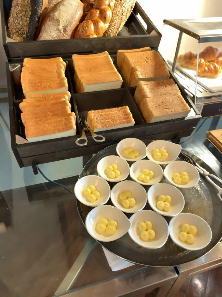 セントレジスバンコク朝食 パン4