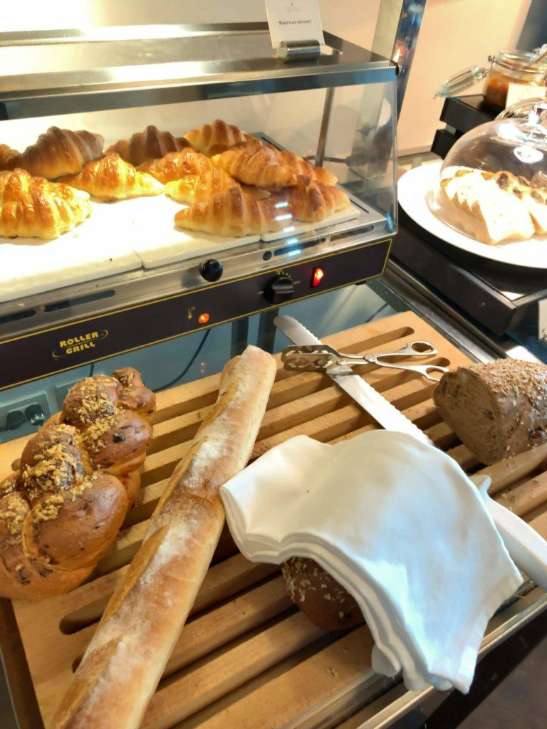 セントレジスバンコク朝食 パン5