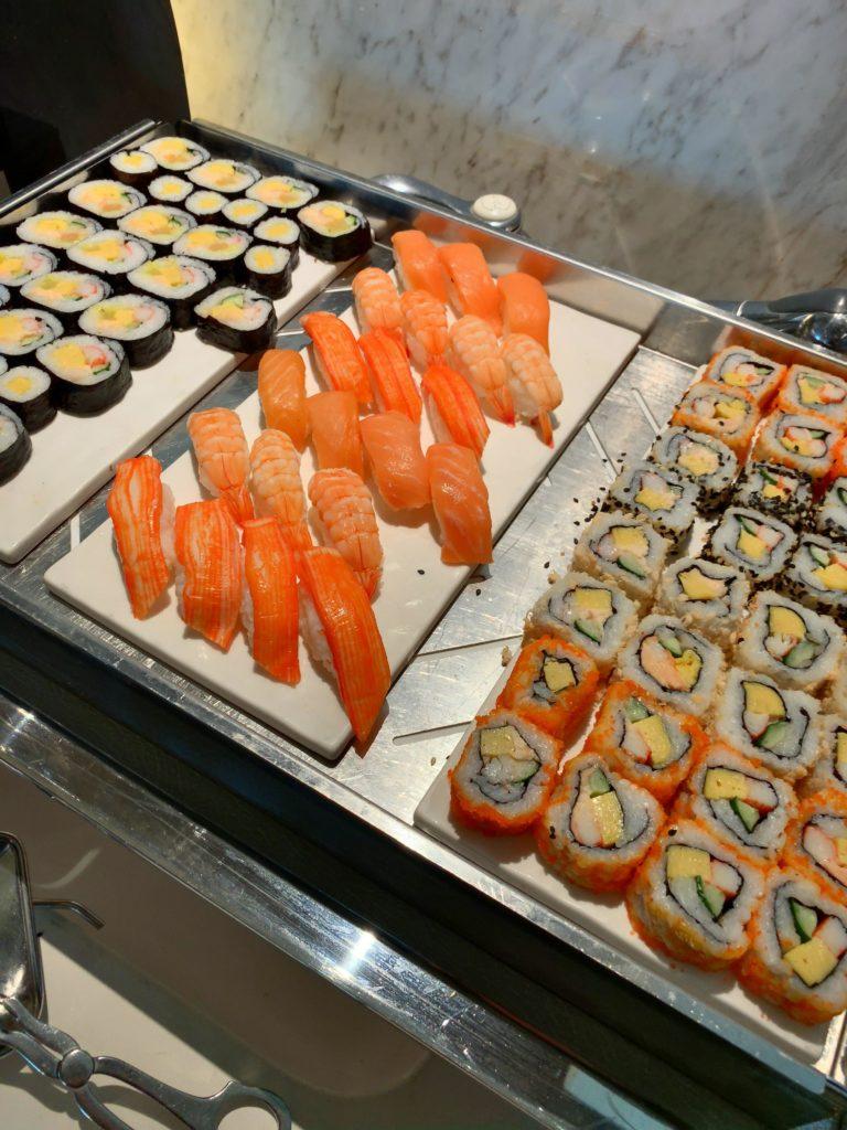 セントレジスバンコク朝食 寿司