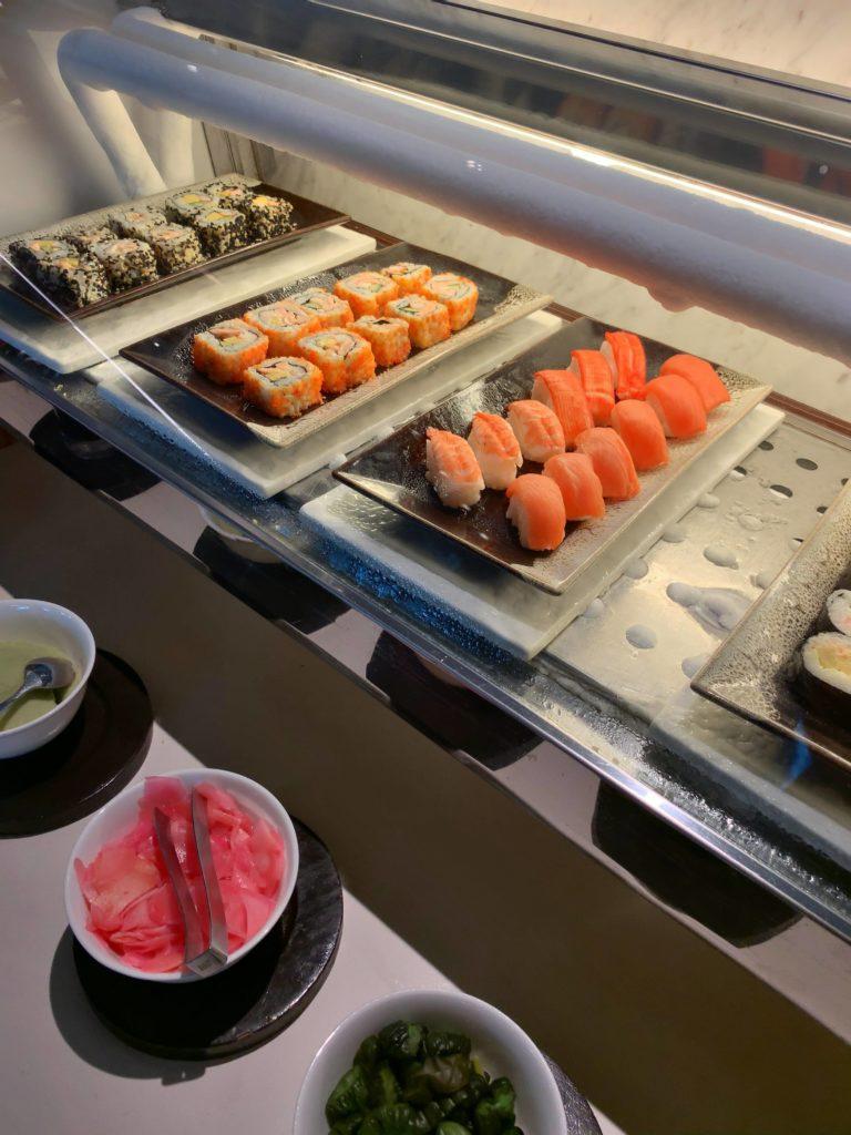 セントレジスバンコク朝食 寿司2