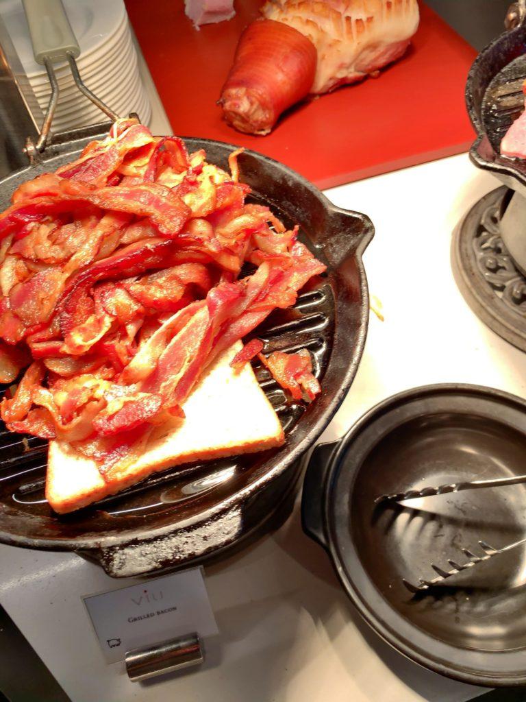 セントレジスバンコク朝食 ベーコン2