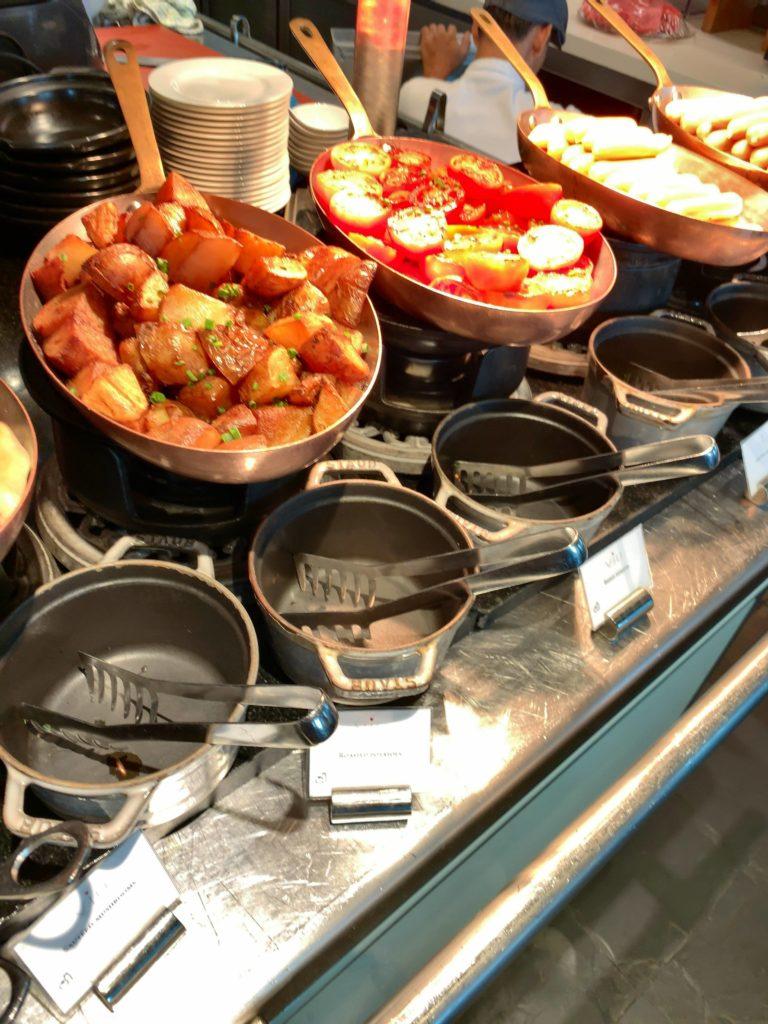 セントレジスバンコク朝食 ホットミール