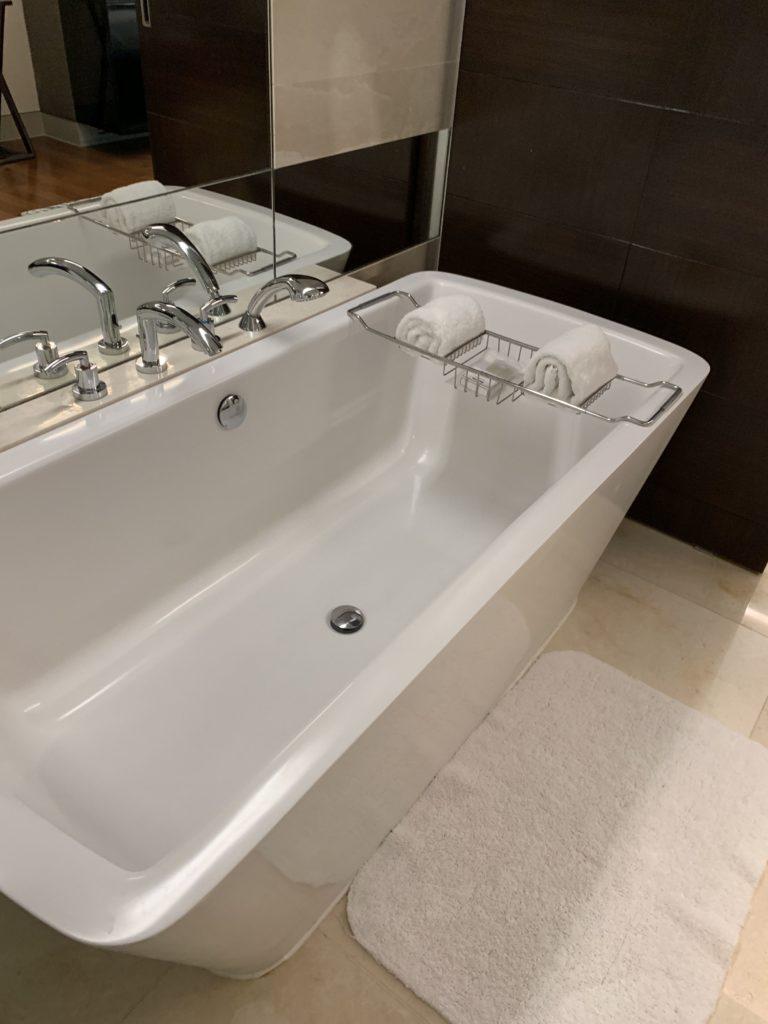 セントレジスバンコクお風呂