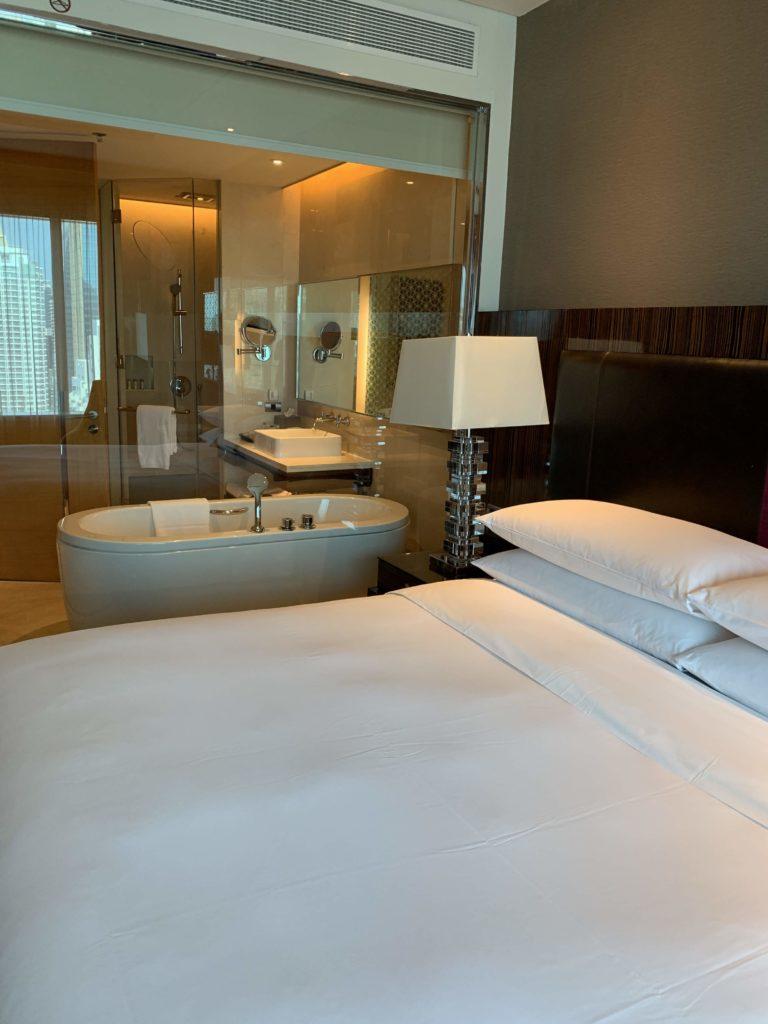 ルネッサンス・バンコク・ラッチャプラソーン・ホテル シースルー