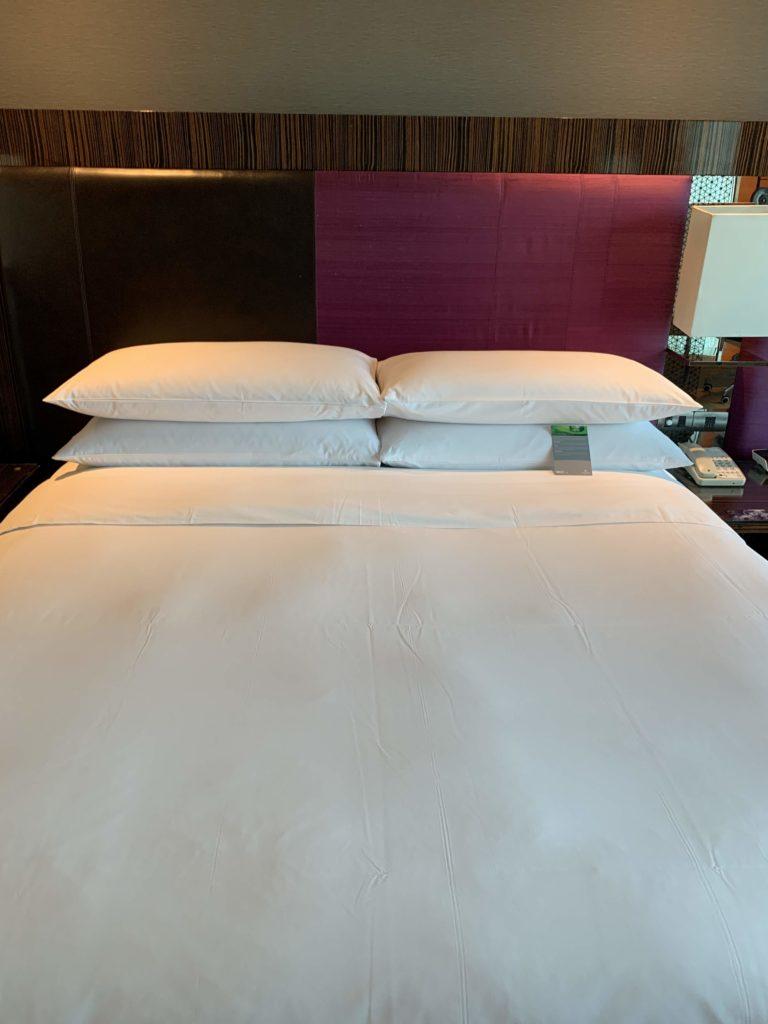 ルネッサンス・バンコク・ラッチャプラソーン・ホテル ベッド2