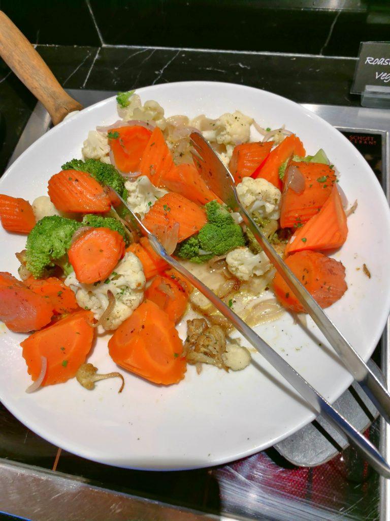 ルネッサンスバンコクラウンジ野菜