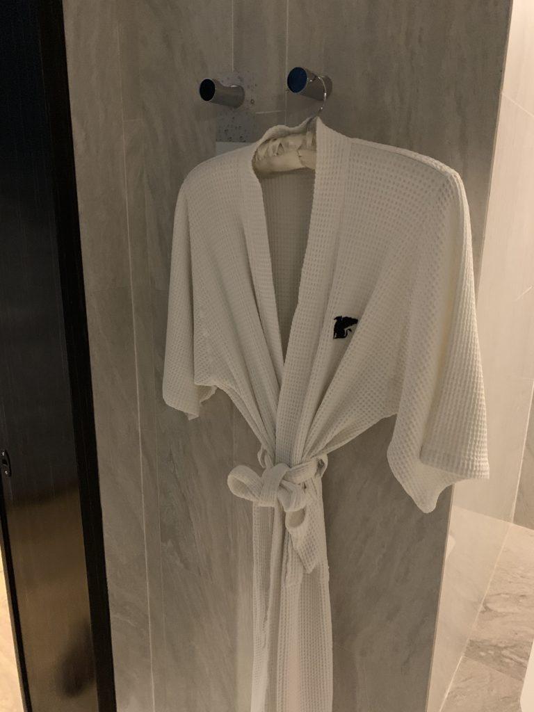 JWマリオット・ホテル・バンコクお部屋バスローブ