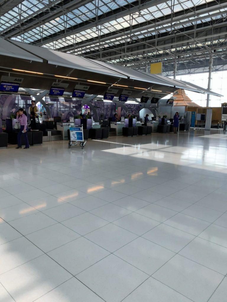 スワンナプーム国際空港タイ航空ロイヤルシルクラウンジ